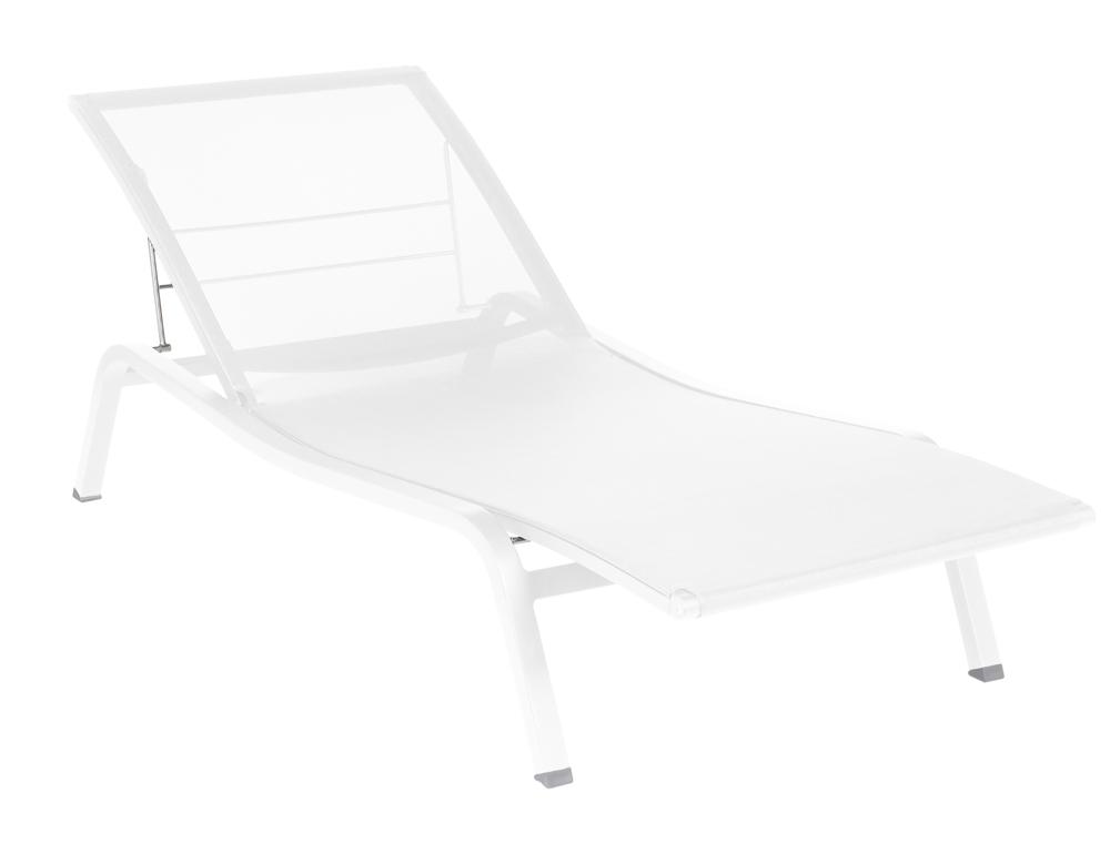 bain de soleil aliz fermob moderne r glable en toile en fer et en couleurs. Black Bedroom Furniture Sets. Home Design Ideas
