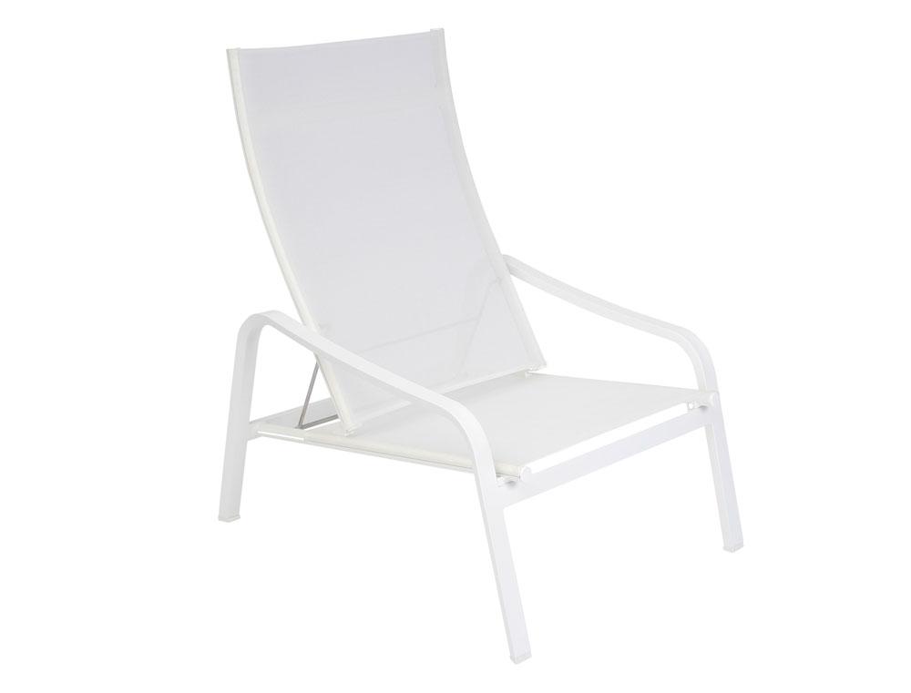 fauteuil bas aliz fermob design en toile en alu et en couleurs. Black Bedroom Furniture Sets. Home Design Ideas
