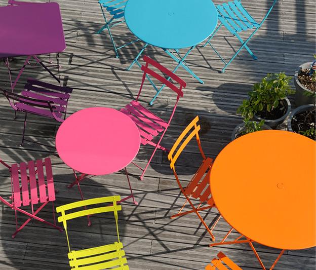 Awesome Table De Jardin Ronde De Couleur Pictures - House Design ...