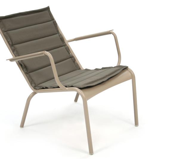 Coussin d 39 ext rieur pour fauteuil bas luxembourg fermob - Coussin pour fauteuil exterieur ...