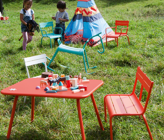 Table luxembourg kid de jardin pour enfant en aluminium et - Table de jardin enfant ...