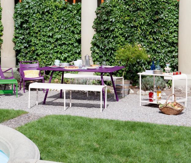 niedriger outdoor sessel luxembourg fermob design aus alu. Black Bedroom Furniture Sets. Home Design Ideas