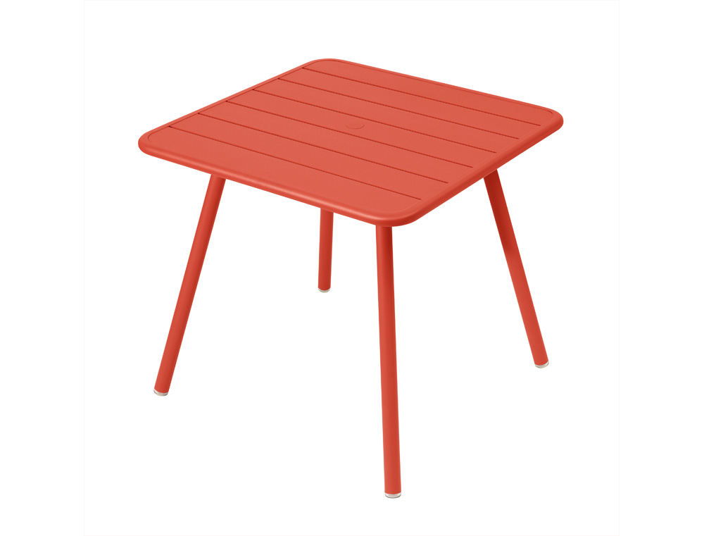 Luxembourg metal square patio table seats 2 4 fermob for Fermob luxembourg table