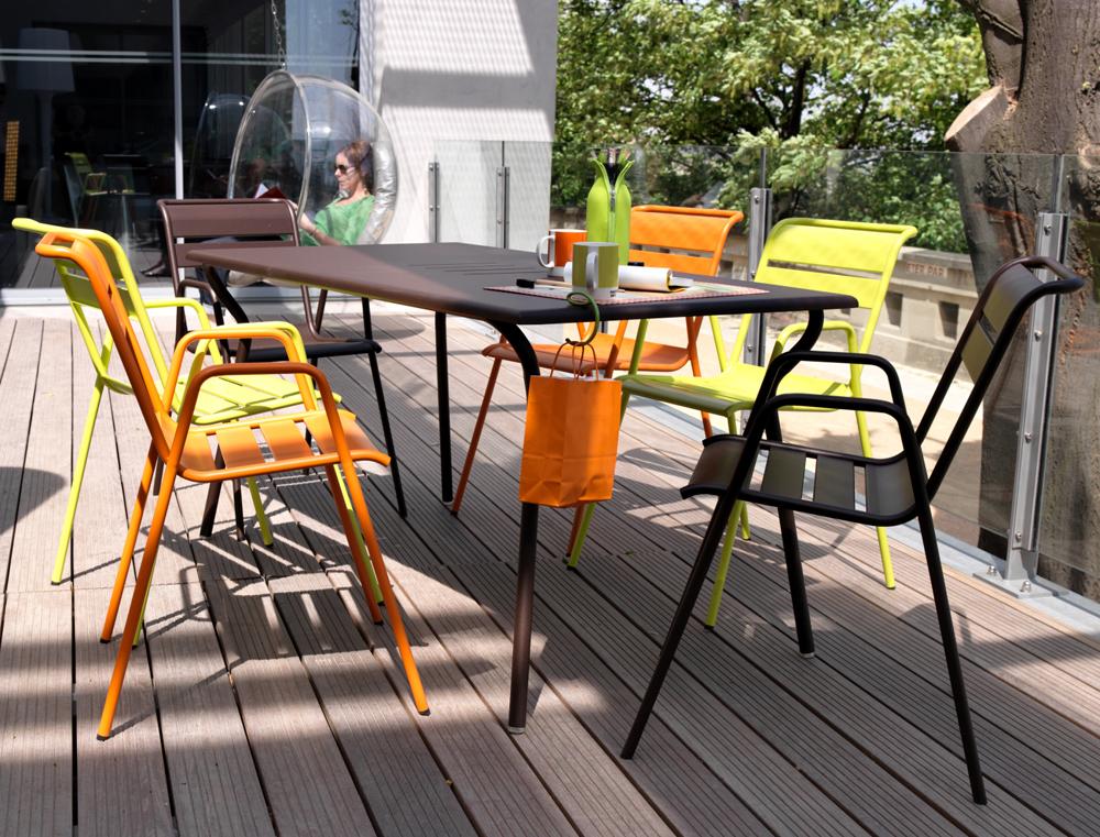 Table rectangulaire monceau fermob d 39 ext rieur en - Table de jardin fermob soldes ...