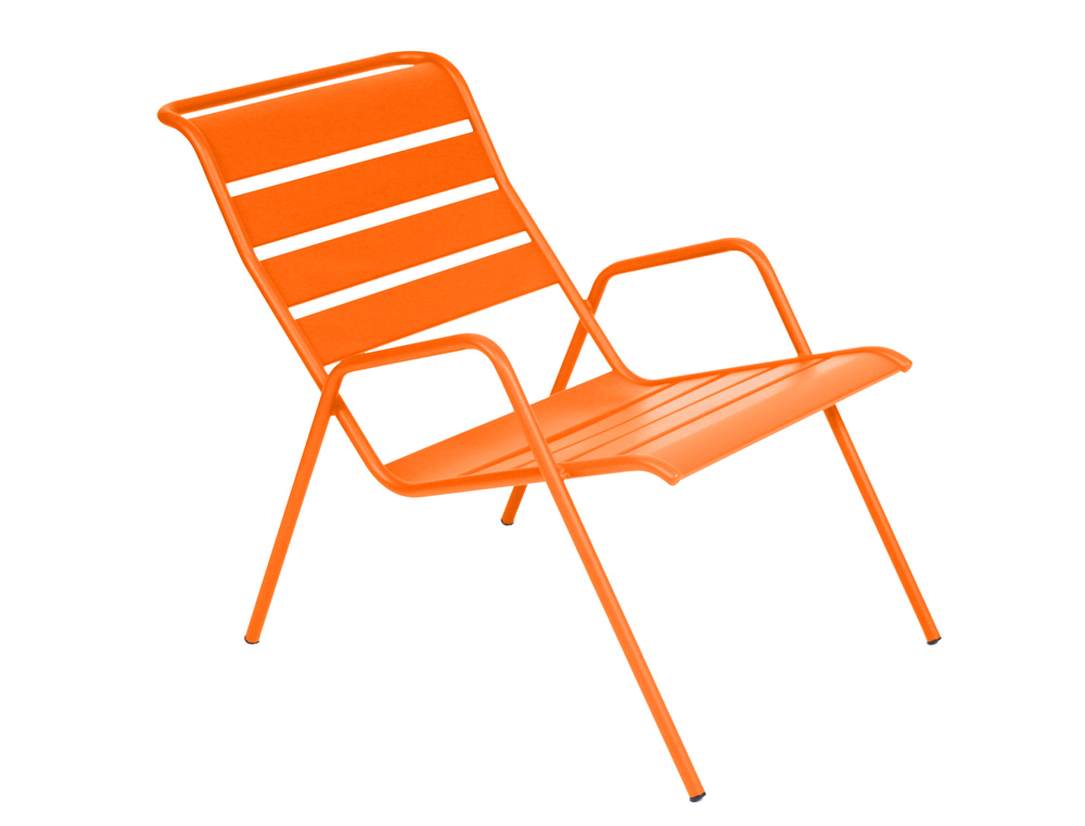 fauteuil bas monceau fermob meuble de jardin moderne en m tal et en couleurs. Black Bedroom Furniture Sets. Home Design Ideas