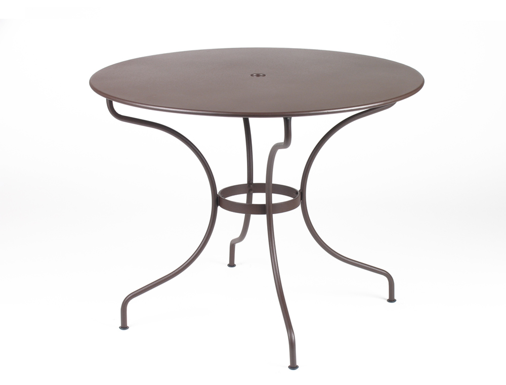 Fermob op ra colourful round metal garden table for 4 5 for Table jardin metal ronde pliante