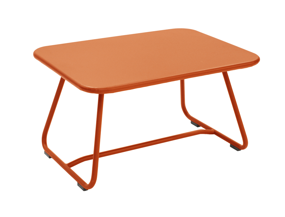Fermob sixties colourful metal low table designed by for Table basse fermob