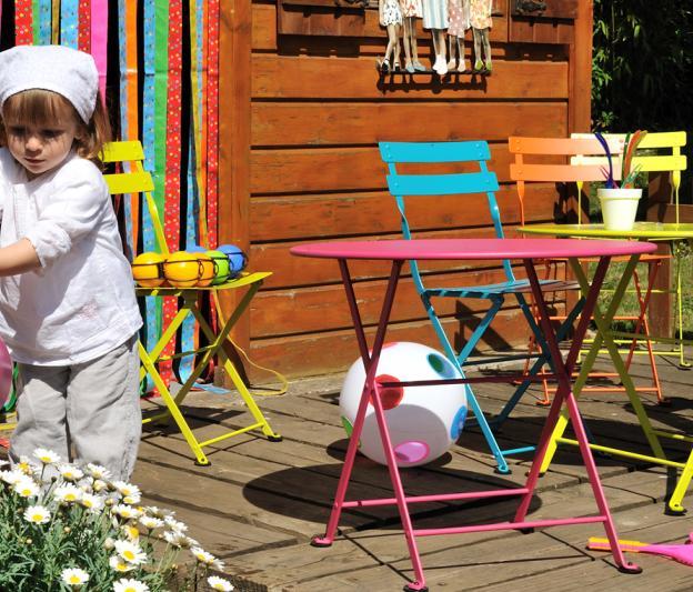 Gartenmobel Bauhaus Regensburg :  Tom Pouce, Fermob, OutdoorDesign, für Kinder, aus Metall, farbig